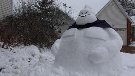 Así combate el frio intenso de EE. UU. este fanático de Dragon Ball