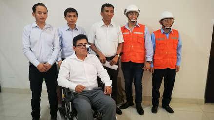 Estudiante construyó silla de ruedas que se controla con los ojos para su hermano cuadripléjico