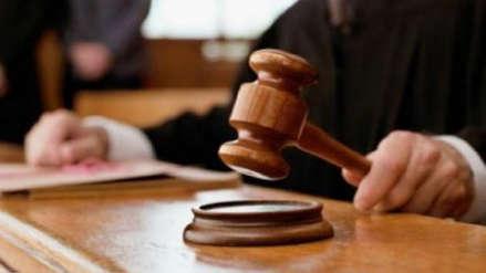 Juzgado da la razón a padre divorciado que se niega a pagar la pensión de la universidad de su hija