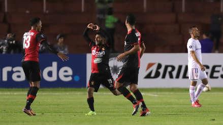 Con golazo de Alexis Arias, Melgar venció a U. de Chile por la Copa Libertadores