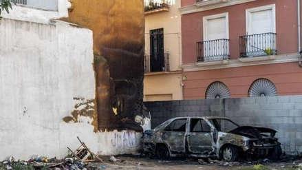 España | Una pareja es acusada de incendiar un carro en donde dormía un indigente