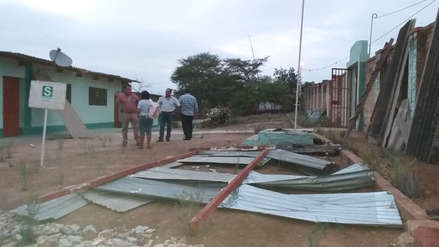 Lambayeque | Fuertes vientos destruyen techo de institución educativa rural