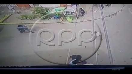 Los Olivos   Marcas roban 18 mil soles a una joven y la dejan herida [VIDEO]