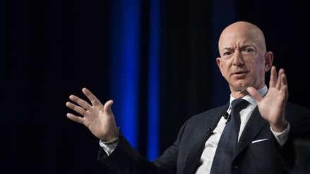 Jeff Bezos acusa al tabloide The National Enquirer de chantajearlo con fotos íntimas