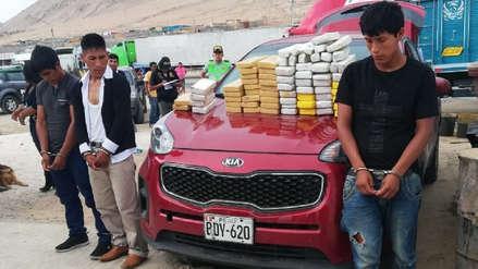 Arequipa | Policía incauta 70 kilos de droga camuflada en automóvil