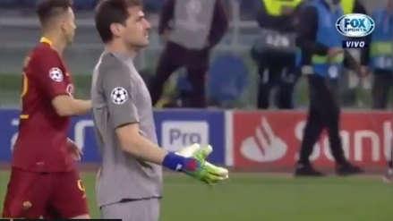Roma vs. Porto: Iker Casillas estalló contra compañero por falta de comunicación