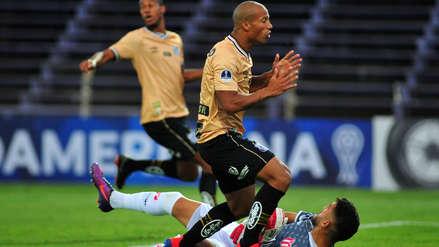 Sin Christian Cueva, Santos igualó sin goles con River Plate en Montevideo por Copa Sudamericana