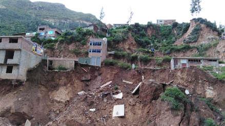 Pasco | Río Chaupihuaranga se desborda y derrumba casas ubicadas en su orilla [VIDEO]