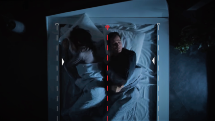 Tu pareja ya no podrá invadir el otro lado de la cama con esta patente de Ford basada en cambio de carril