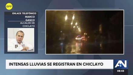 """Alcalde de Chiclayo pide ayuda al Gobierno Central: """"Hay aniegos por todos lados"""""""