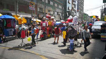 La Victoria | Ambulantes siguen invadiendo las calles de Gamarra pese a que ordenanza lo prohíbe [FOTOS]