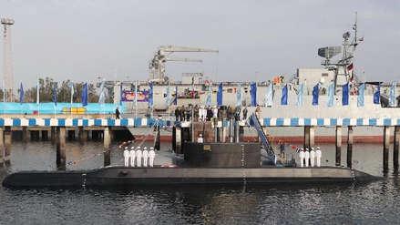 Irán presentó un nuevo submarino de fabricación nacional capaz de lanzar misiles de crucero