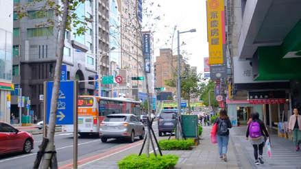 Taiwán   Adolescente sobrevive tras caer desde un piso 13 gracias a un semáforo