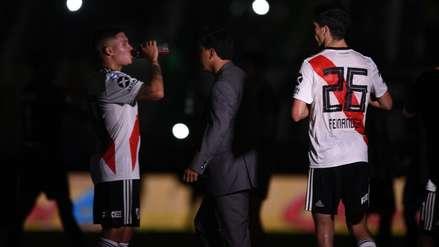 Hubo apagón en el River Plate vs. Banfield por 'un jugador que quiso ir al baño'