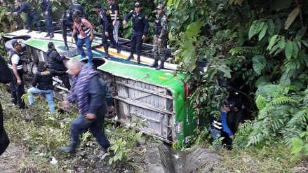 Cusco | Bus que llevaba policías a Madre de Dios se despistó: dos agentes y una fiscal murieron