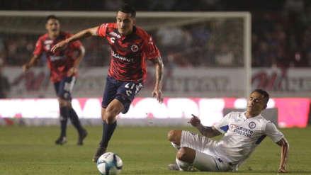 Con dos peruanos como titulares, Veracruz y Cruz Azul empataron por la Liga MX