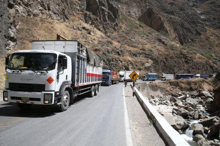 Transportistas acordaron levantar paro a nivel nacional