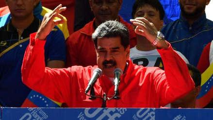 Nicolás Maduro dice que nunca se rendirá y pide a militares defenderlo si