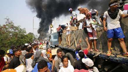 Al menos 4 muertos y 300 heridos en enfrentamientos por ingreso de ayuda a Venezuela