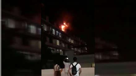 Chiclayo | Un incendio se registró en el quinto piso del Hospital Almanzor Aguinaga Asenjo