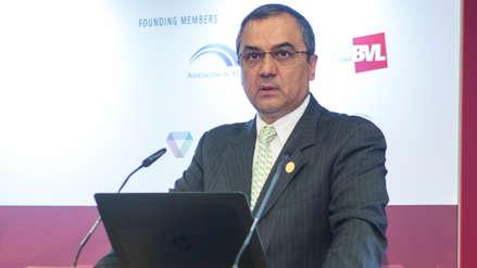 Carlos Oliva: