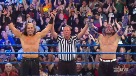 The Hardy Boyz se reúne en SmackDown Live y derrota a Cesaro y Sheamus (VIDEO)