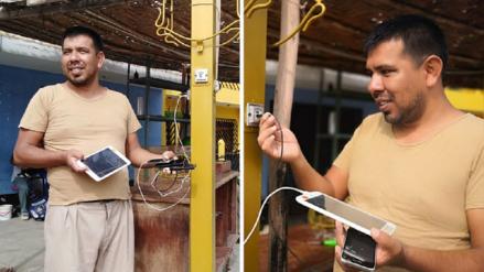 Chimbotano creó el primer poste público que permite cargar celulares con energía solar