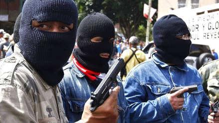 Los 'colectivos' chavistas: así operan los grupos armados que defienden a Maduro en la frontera