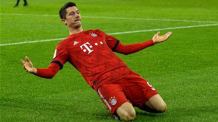 Robert Lewandowski anotó e igualó a Claudio Pizarro en la tabla de goleadores extranjeros de Bundesliga