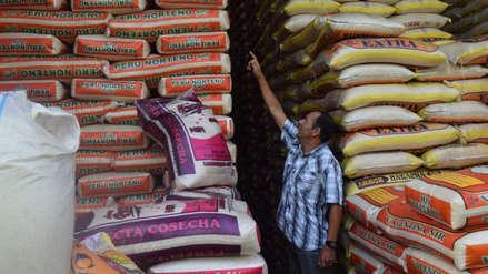 Aseguran abastecimiento de arroz pese a temporada de lluvias en el norte