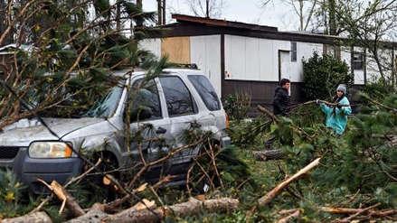 Al menos 23 personas murieron por los tornados en el sur de EE.UU.