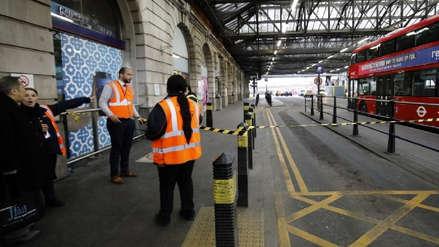Londres | Alerta tras el hallazgo de tres artefactos explosivos en aeropuertos y estación de tren