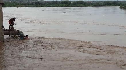 Imágenes de la preocupante crecida del río Tumbes que amenaza con inundar la ciudad