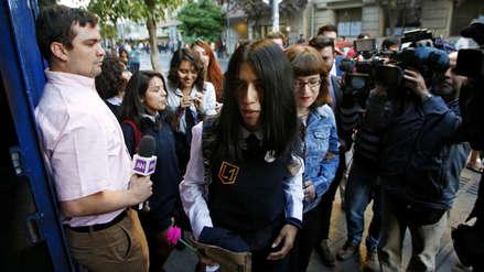 Así fue el primer día de Arlén, la primera estudiante trans aceptada en un colegio de mujeres de Chile [FOTOS]