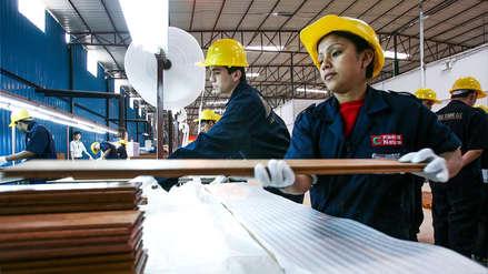 MTPE crea grupo de trabajo para mejorar condiciones laborales de mujeres