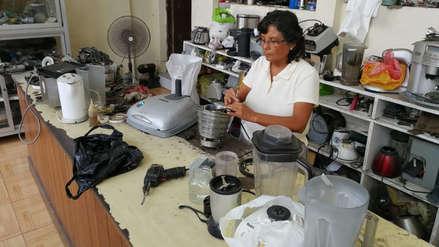 María, la trujillana electricista que venció los estereotipos de los años 80