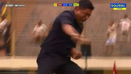 Nicolás Córdova y su eufórica celebración tras el gol de Germán Denis frente a Carlos A. Mannucci