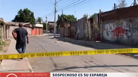 Hombre mata a tiros a su esposa, fuga y horas después es encontrado muerto