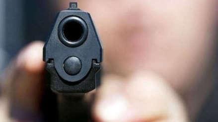 Francia | Policía mató a una colega cuando se disparó el arma con la que estaba jugando