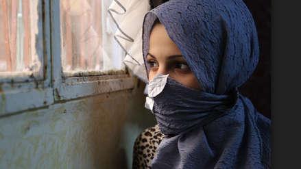 La tragedia de una niña indonesia que fue obligada a casarse para saldar la deuda de su padre