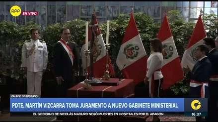Sorpresivo corte de luz interrumpió la juramentación del nuevo gabinete ministerial