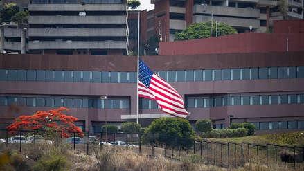 Todo personal diplomático de Estados Unidos se retirará de Venezuela