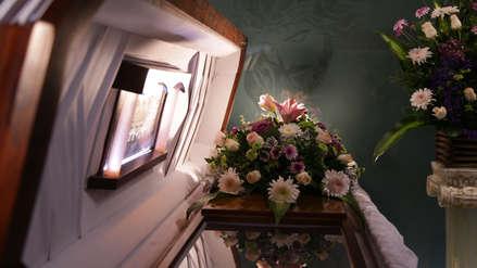 EE.UU. | Una familia descubrió que velaba al cadáver equivocado cuando se acercó al ataúd