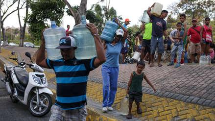 Incertidumbre, falta de agua y de alimentos: así sufre Venezuela tras el peor apagón de su historia
