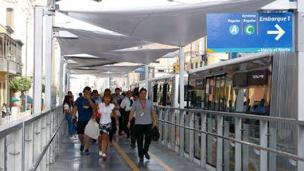 Metropolitano | Protransporte inició la colocación de toldos en las estaciones sin techo