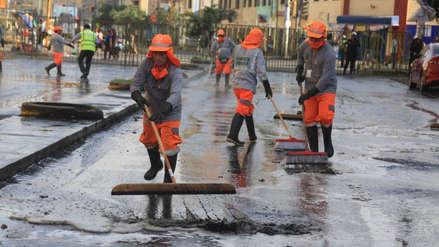 Gamarra | Apoyan a La Victoria con limpieza y lavado de pistas en el emporio comercial