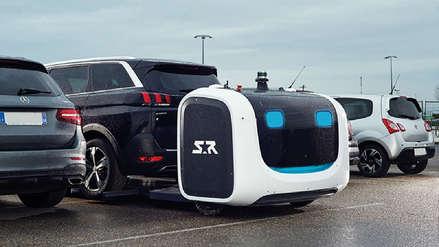 Francia: Aeropuerto de Lyon utiliza un sistema automático de robots para estacionar autos