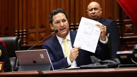 Daniel Salaverry propone eliminar la semana de representación de los congresistas