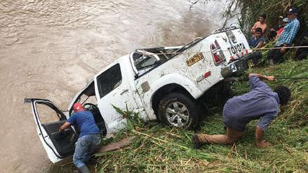Continúa desaparecido el agricultor que cayó con su auto a un río en Oxapampa