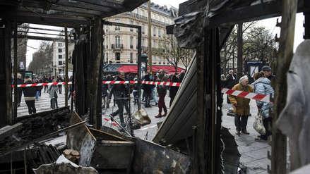 Así amanecieron las calles de París tras los saqueos en protestas de los 'Chalecos amarillos' [FOTOS]